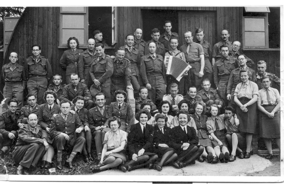 British and American intelligence personnel, circa 1944