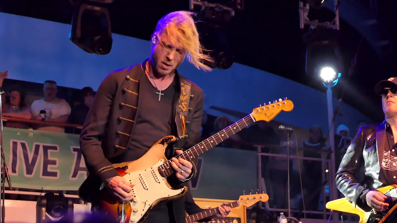 Kenny Wayne Shepherd and Joe Bonamassa