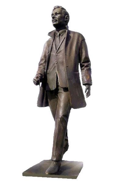 Brian Epstein Statue