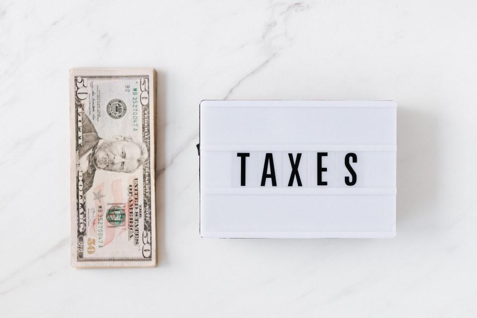 IRS Dollars Taxes