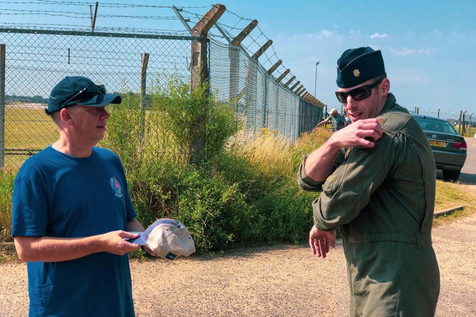 Ian Simpson and USAF Maj. Grant Thompson
