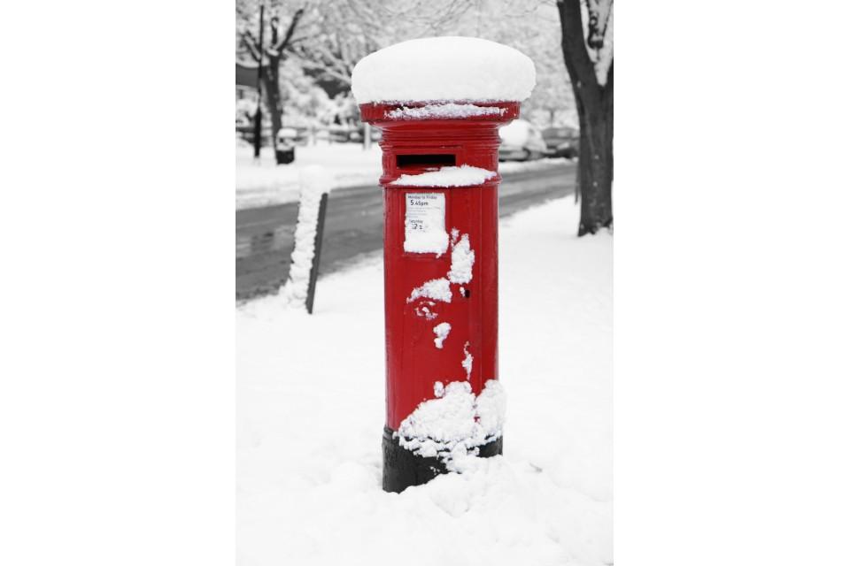 Post Box Snow