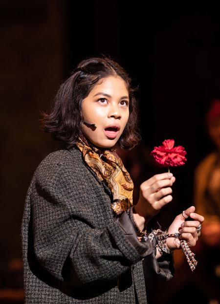Eva Noblezada (Eurydice)