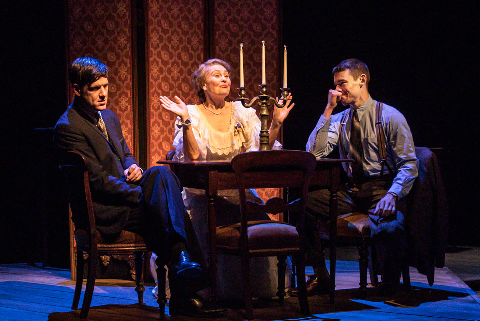 The Glass Menagerie: BrianJ Smith, Cherry Jones & Michael Esper