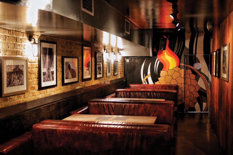 Louie's Hot Chicken Interior